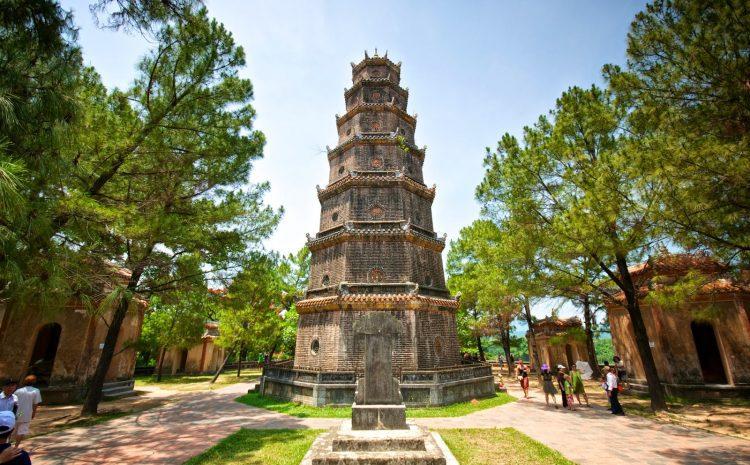 Chùa Thiên Mụ – ngôi chùa cổ bạn nên ghé thăm khi đến Huế